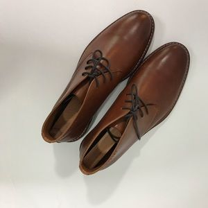 NWT Pegabo Brown Leather Size 10 Dress Shoes